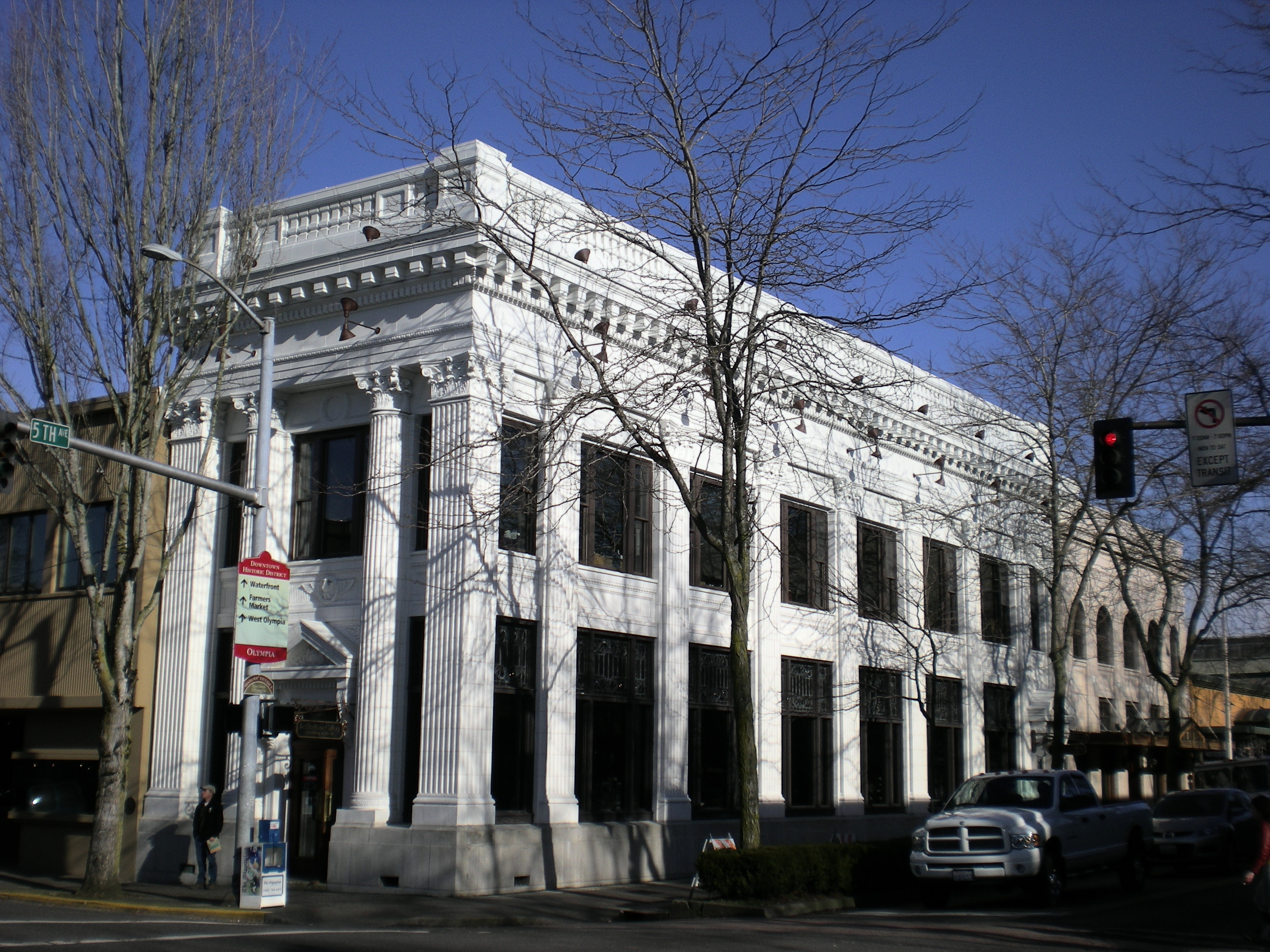 Olympia_National_Bank